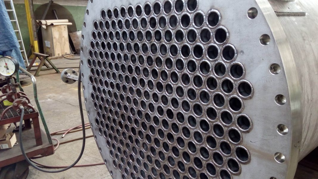 LOADERS FOR THE PLASTIC INDUSTRY|Tubular heat exchangers